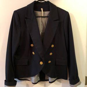 Nordstrom brand Willow & Clay navy blazer. Large.